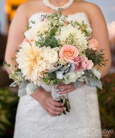 c34b4b21204a3fd6 iowa bouquet
