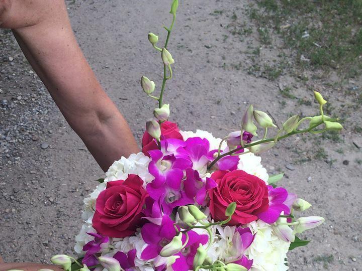 Tmx 1529384486 Dd13004c0e215afb 1529384485 Cba79ac58d4d503c 1529384482915 4 4 Buxton wedding florist