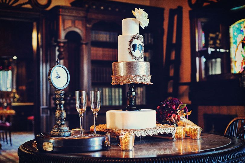 800x800 1370887307287 nm   wedding cake library