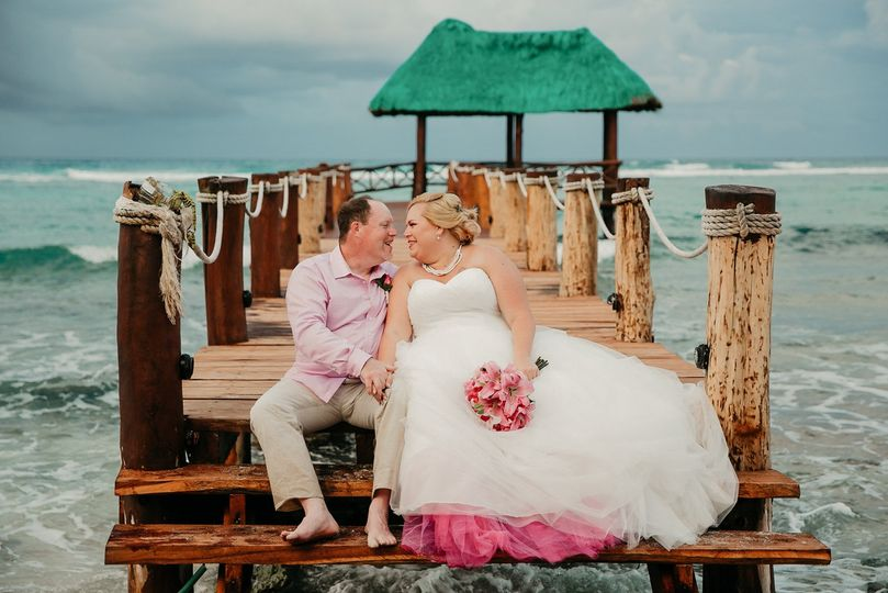 Azul fives wedding