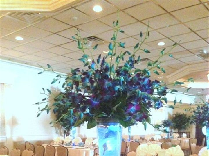 Tmx 1390341568919 Mchoulcenterpiec Hopewell Junction wedding florist