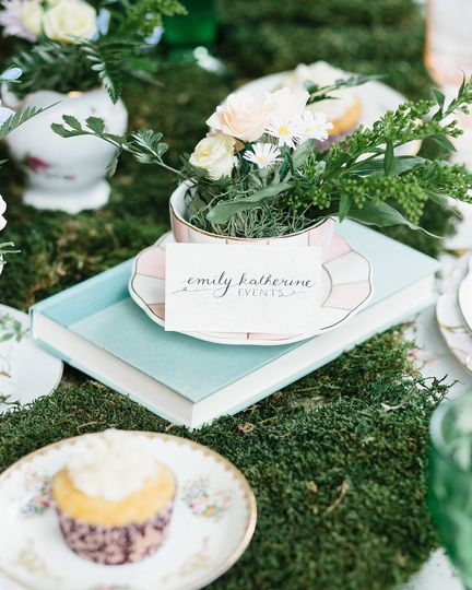 Table centerpiece | Colleen Mathias Photography