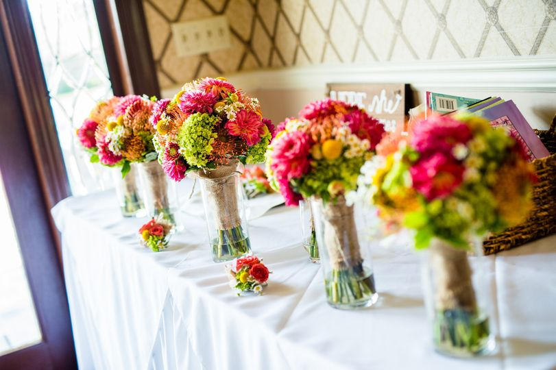 Colorful centerpiece samples