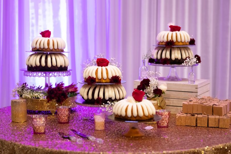 Dessert Table-Martin. V. Photo