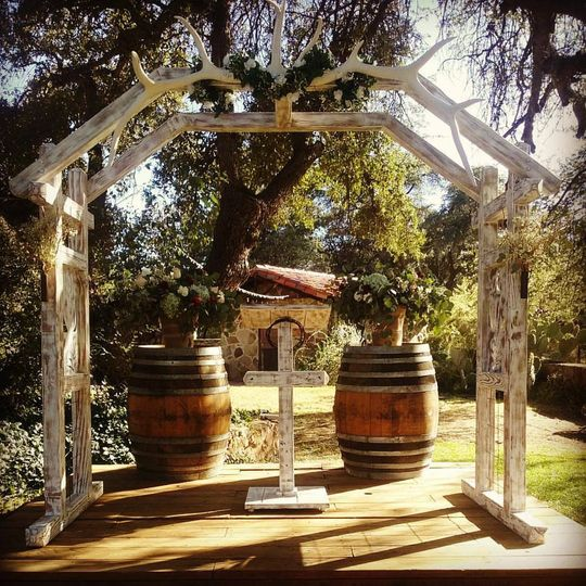 Ranch ceremony arch