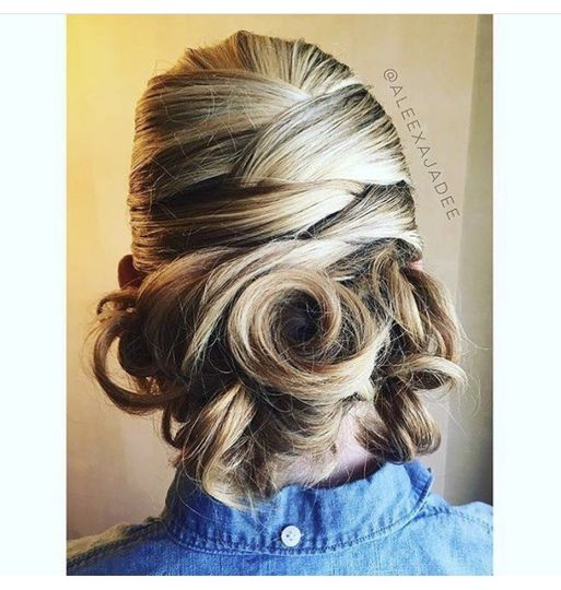 Curled wedding hair
