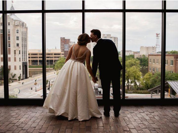Tmx 1534274478 8dfd814560f09195 1534274476 14a35762f3deb9ac 1534274472084 19 19 Rockford wedding venue