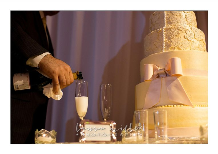 Wedding cake and wine