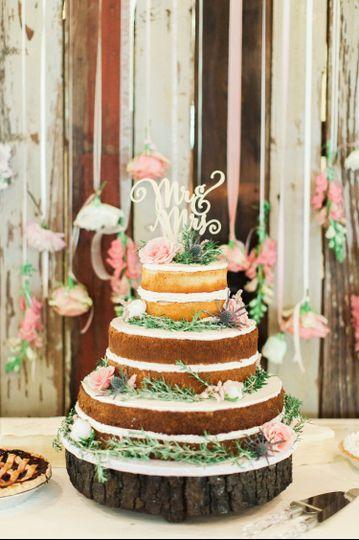 b1bb364358176deb 1520986602 df806f1407078002 1520986591834 8 Shull Wedding 347