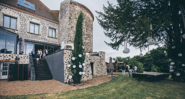 Weddings castle in Auvergne