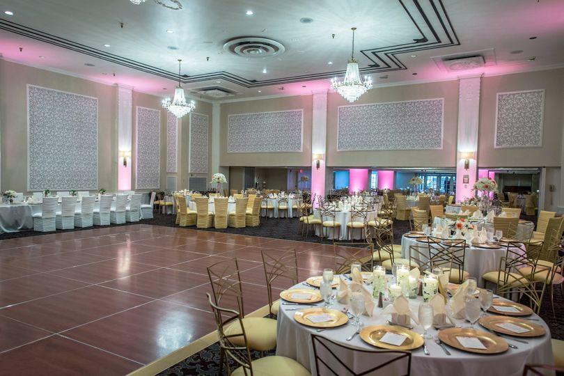The sheraton gunter hotel venue san antonio tx weddingwire 800x800 1395690364680 wilcox bennett01 junglespirit Gallery