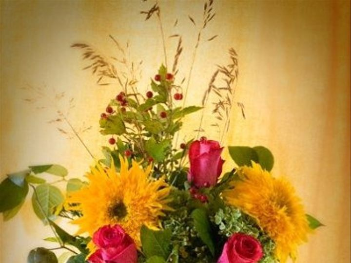 Tmx 1255889588323 107271348495446959256638969523922891584696n Milwaukee, Wisconsin wedding florist