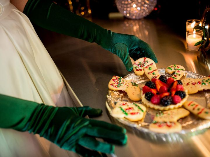 Tmx 1508427446317 Gloves 1 Raleigh, NC wedding catering