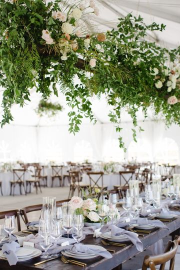 hanging greenery wedding installation calluna events 51 6842 158690350748426
