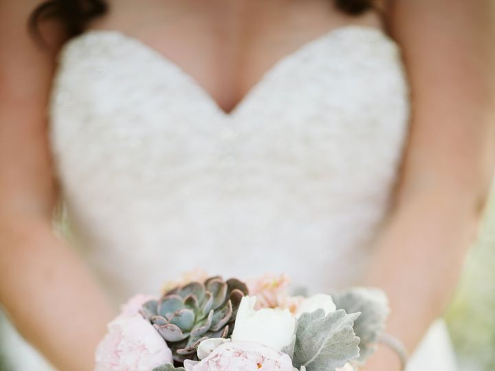 Tmx Caitlin Matt Sneak Previews 12 51 937842 Lynnwood, WA wedding florist