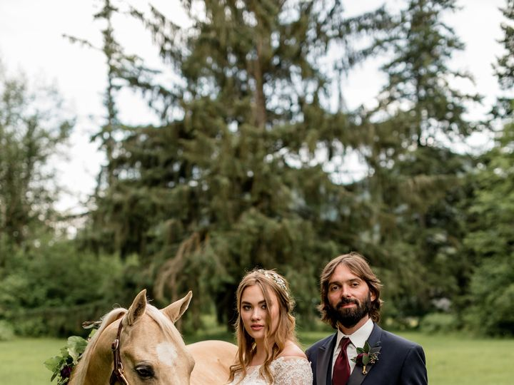 Tmx Horse Couple Misty 51 937842 Lynnwood, WA wedding florist