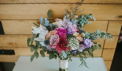 Allium Floral Design & Event Styling