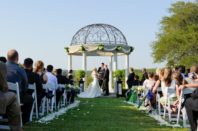 The Gardens Of Cranesbury View Wedding Ceremony