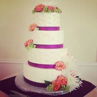 Tmx 1537552993 A8f28f9d6f9e4c19 1537552993 746970e860343b55 1537552991310 12 Wedding Cake West Mystic, CT wedding catering