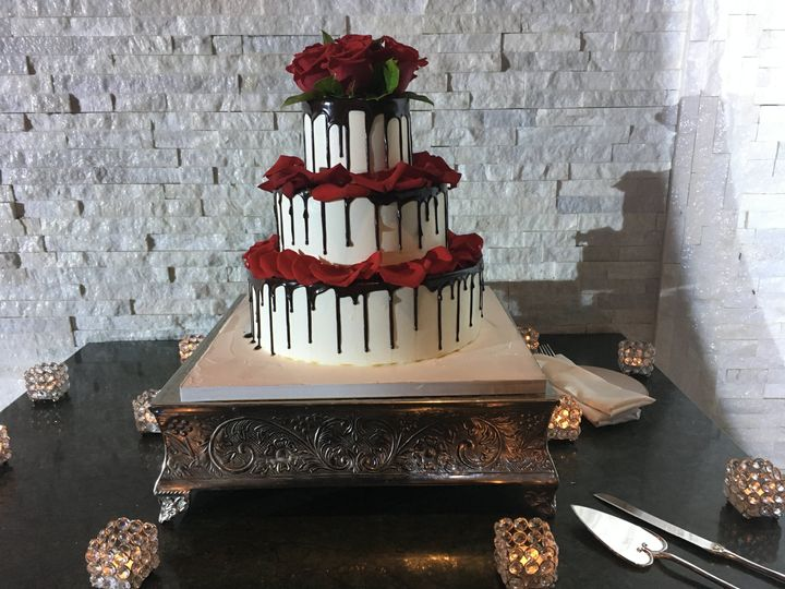 Tmx Wilshire Caterers Wedding Cake 51 2942 V1 West Orange, NJ wedding venue
