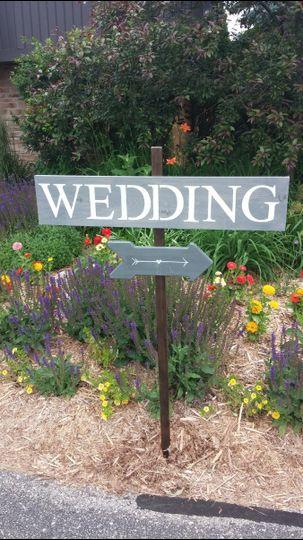 nee wedding sign