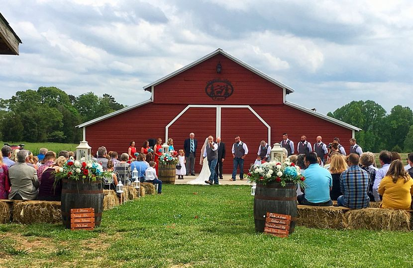 May 5, 2018 wedding outside the barn.