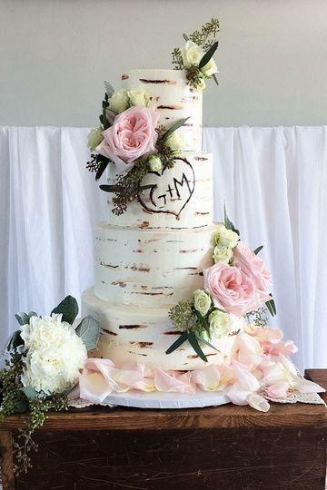 Naked wedding cake flowers