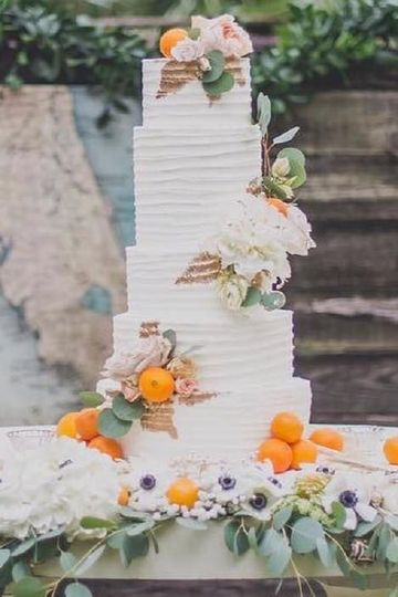 white buttercream tall cake copy