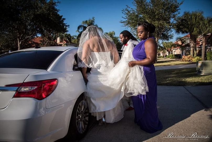Going to the bridal car