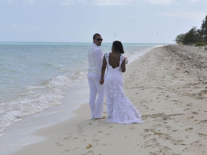 Tmx 1533157944 C1e4c431669dcea3 1533157941 0a6a9e1f3e0bfc1d 1533157940203 4 Beach Stroll Washington wedding planner