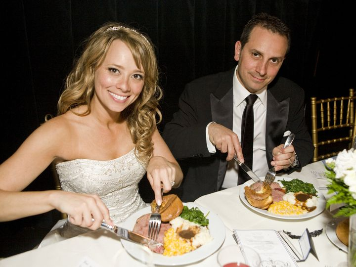 Tmx Couple Eating 51 91052 160131556340671 Beverly Hills, CA wedding venue