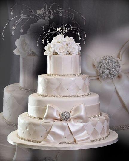 Divine Delicacies Custom Cakes Wedding Cake Miami FL WeddingWire