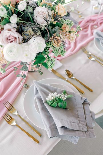 Table setting Lauryn Kay Photography