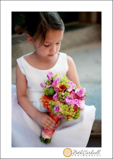 colorfulflowergirlbouq