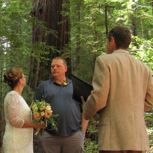 Congratulations Susan & Bill | Humboldt Redwoods State Park,  California | Photo: Justin Legge