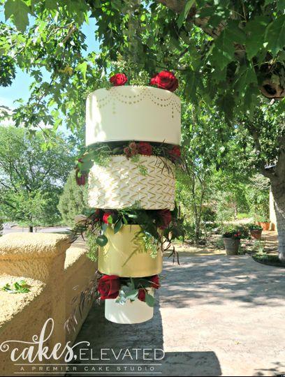 hanging upside down chandelier wedding cake gold w