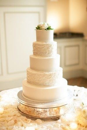 800x8001403484258905 elegant white wedding cake 30