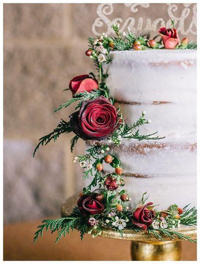 Cake and florals - Natasha Nicole Photography