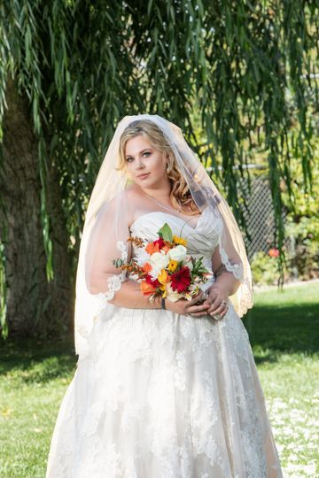 Hollister, CA Weddings
