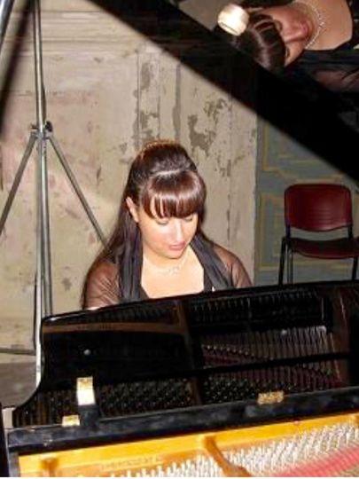 Manuela Recital