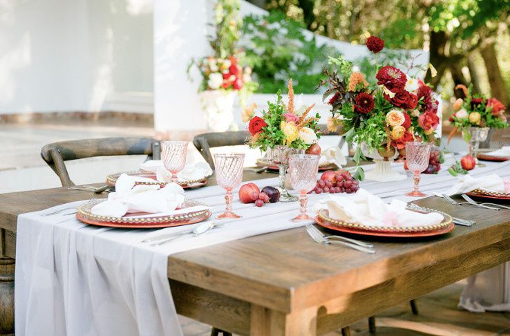 Rustic table arrangements