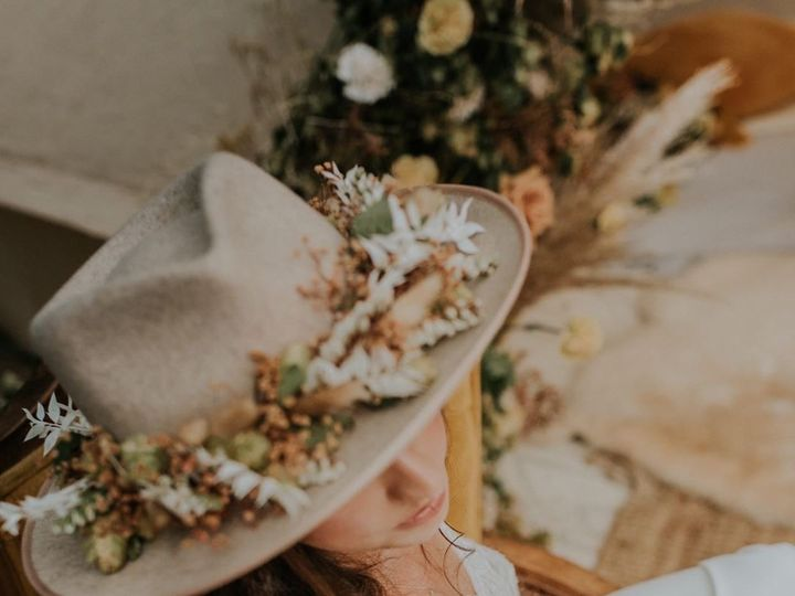Tmx 25964bd1 9557 480d 87dd 81f080cbc848 51 988252 160014479699648 Salinas, CA wedding florist