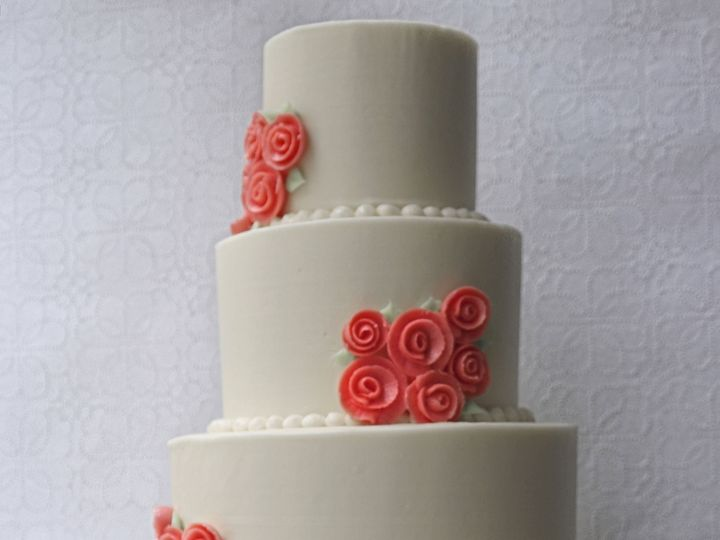 Tmx 1519154783 F8275c7ff34f8101 1519154780 4182af20980b449b 1519154776034 1 Corsage Cake Resiz Brooklyn wedding cake