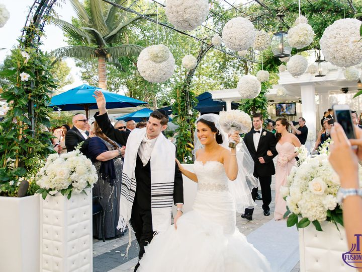 Tmx 1531831729 31a61436b709375b 1531831727 E7dc4c91f1ef62c4 1531831722949 17 120150607 0541 Rockleigh, NJ wedding band