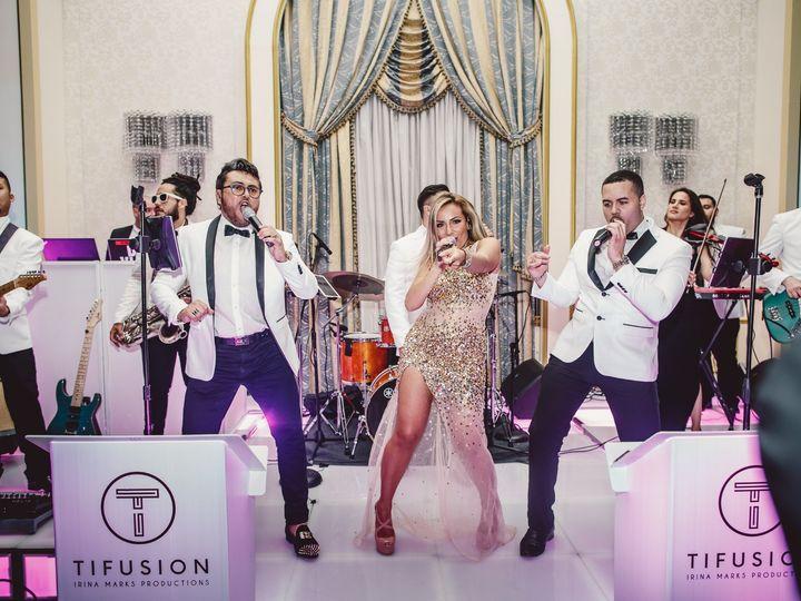 Tmx Ein 001 51 439252 157559782478274 New York, NY wedding band