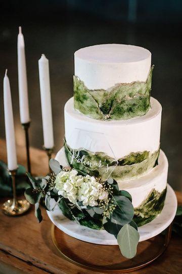 Wedding cake with mountains
