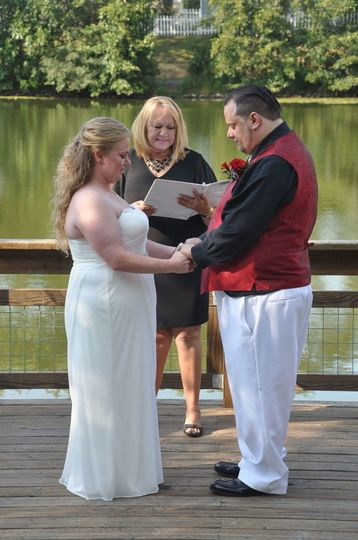 Tatum and Jonathan were so excited to be married by the pond at their favorite neighborhood park.