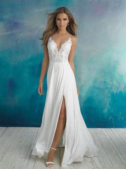 Strapless flowy wedding dress