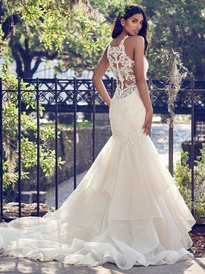 Vintage- inspired dress