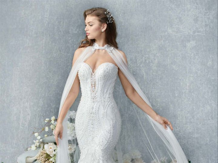 Tmx Uploads 1555003171588 1833 51 15352 159484321097450 Oak Creek, WI wedding dress